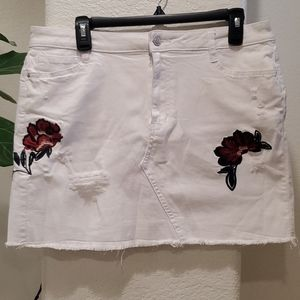 White Denim Distressed Skirt W/ Flower Embroidery